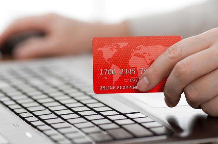 В Украине приняли закон об электронной коммерции
