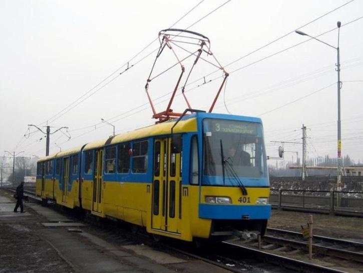 Tram_K3R-N_in_Kyiv