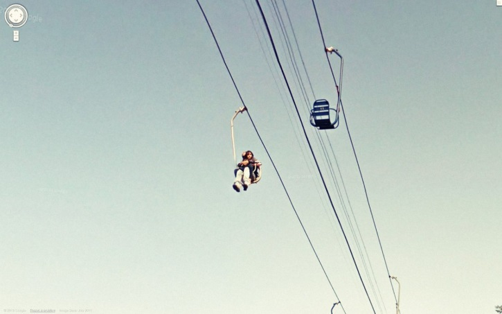 this-snap-of-someone-riding-a-chairlift-looks-like-its-straight-out-of-the-1970s
