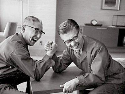 Основатели Sony Акио Морита и Масару Ибука