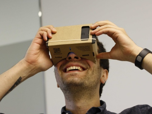 google-cardboard-is-another-take-on-virtual-reality