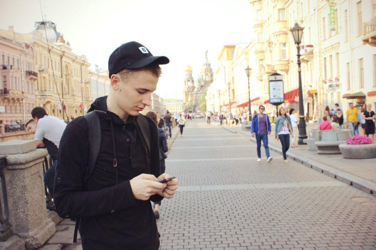 Как школьник из Кировограда познакомился с Дуровым, устроился на работу во «ВКонтакте» и переехал в Питер