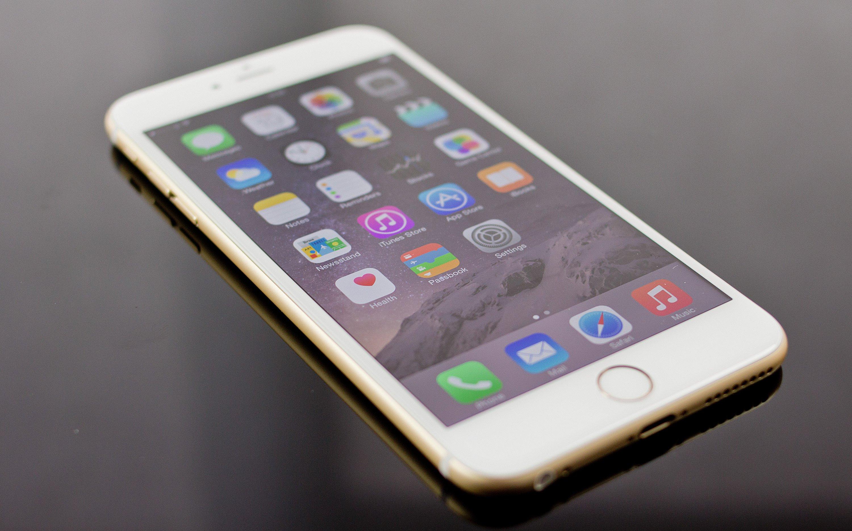Стали известны цены на официальные iPhone 6s и iPhone 6s Plus в Украине