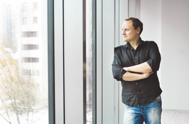 CEO проекта Алекс Шаров