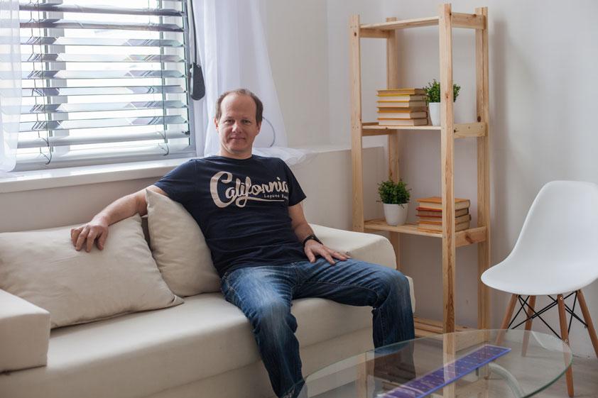 Украинец разработал умные жалюзи, которые обеспечат квартиры электроэнергией