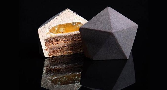 Украинка, создающая необычные десерты с помощью 3D-принтера, стала звездой в Instagram