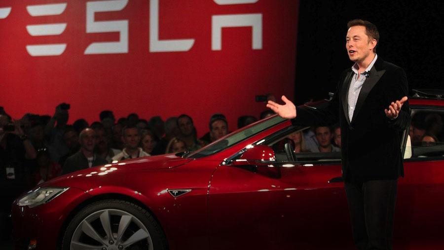 Депутат написал Илону Маску письмо с предложением построить завод Tesla в Украине
