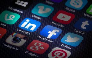 Facebook объявил о запуске инструмента для публикации вакансий