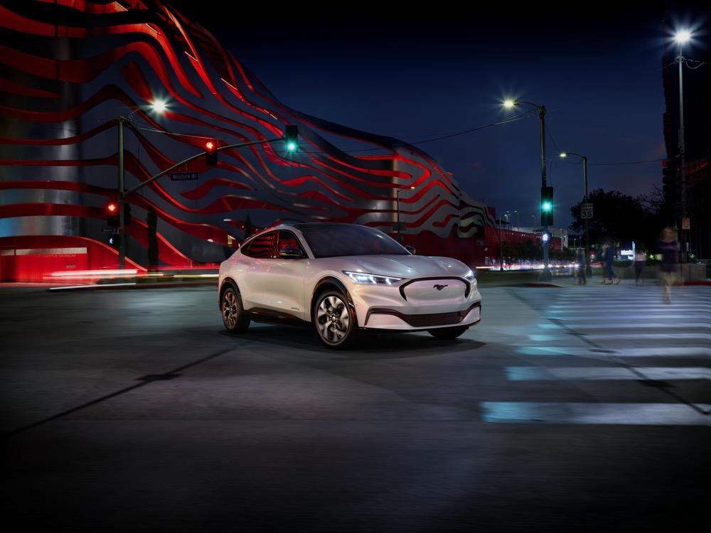 Ford показала электрокар Mustang Match-E по цене от $44 000