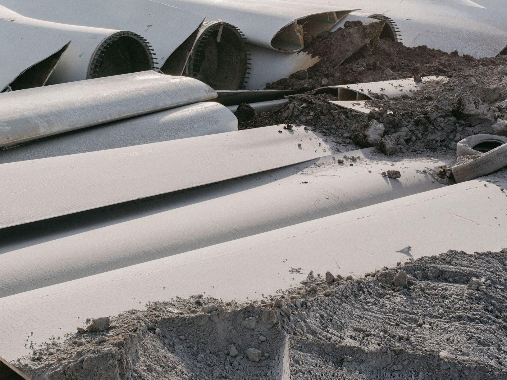 Использованные лопасти ветротурбин закапывают в землю. Почему так — объяснение Bloomberg